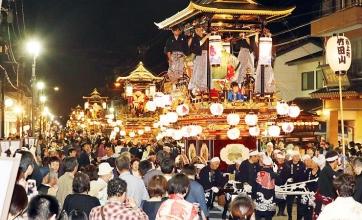 「城端曳山祭」ユネスコ認定の伝統的な祭事